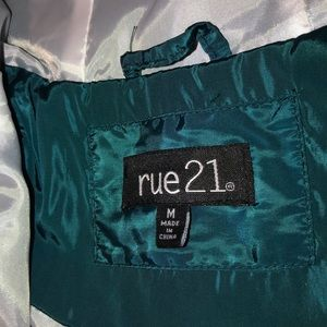Rue21 Tops - light, and comfortable windbreaker